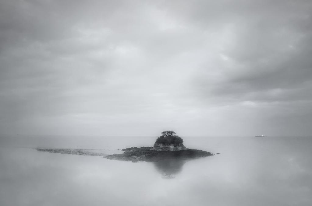 Lonely_Islet